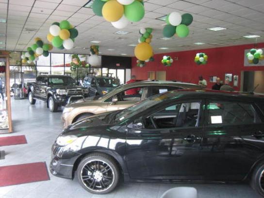 Hendrickson Car Dealership