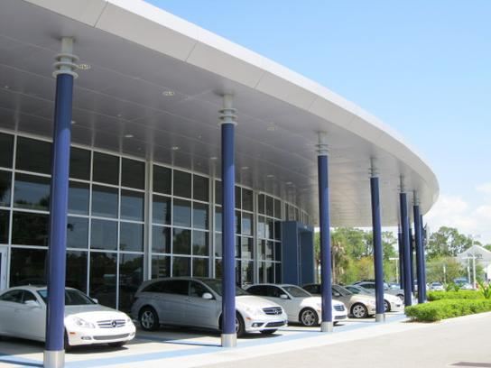 Mercedes benz of fort myers car dealership in fort myers for Mercedes benz ft myers