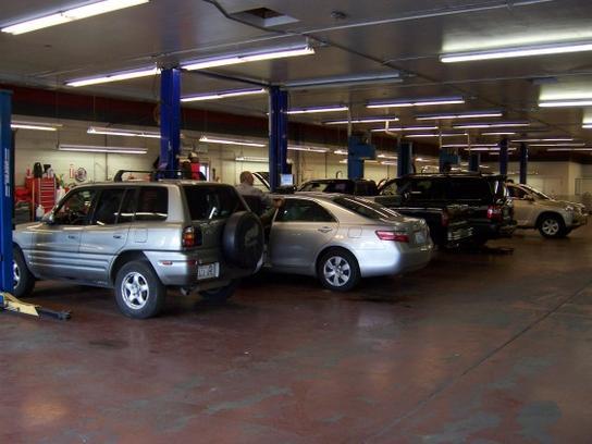 Larry H Miller Toyota Spokane >> Larry H. Miller Downtown Toyota Spokane : Spokane, WA 99201 Car Dealership, and Auto Financing ...