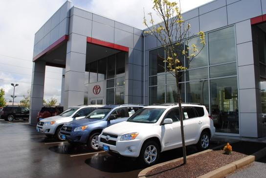 Lithia Toyota Scion Of Springfield Springfield Or 97477