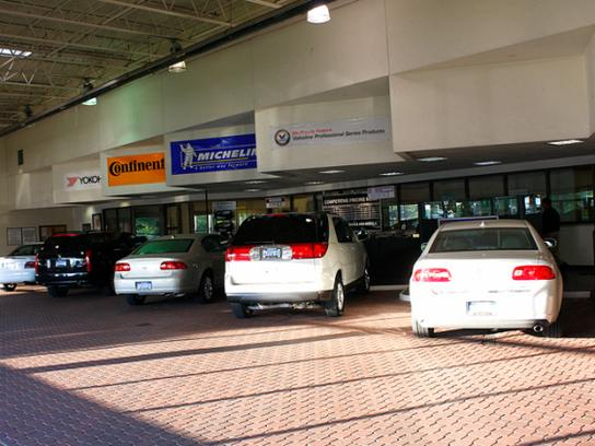 Crown Motors Mi Holland Mi 49423 Car Dealership And