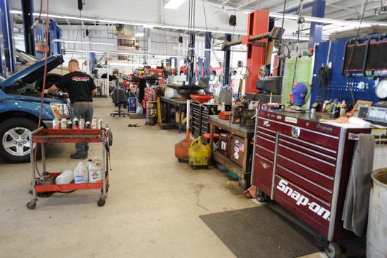Merchants Auto Nh >> Merchants Automotive : Hooksett, NH 03106 Car Dealership ...