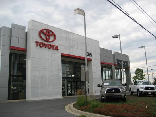 355 toyota rockville md 20855 car dealership and auto financing autotrader. Black Bedroom Furniture Sets. Home Design Ideas