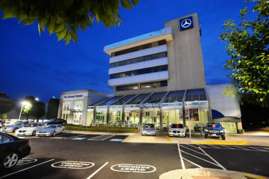 Mercedes benz of tysons corner vienna va 22182 car for Mercedes benz dealer northern blvd