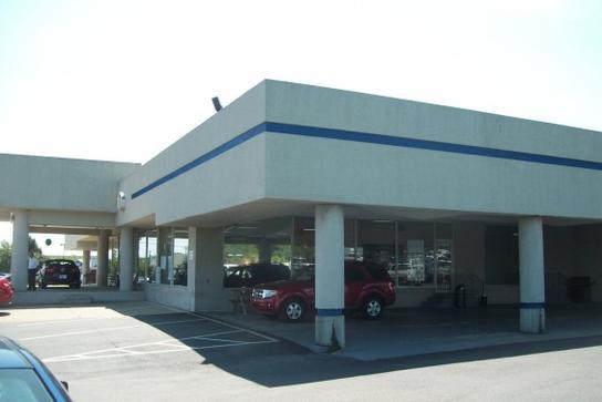 Car Dealerships In Richmond Ky >> Madison County Ford Lincoln, Inc. : Richmond, KY 40475 Car ...