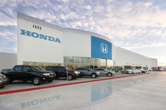 showcase honda phoenix az 85014 3403 car dealership
