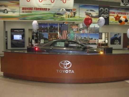 Hudson Toyota Nj Car Dealership In Jersey City Nj 07305