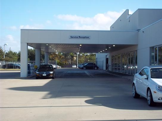 New Vw Dealer In Houston Momentum Volkswagen Of Jersey