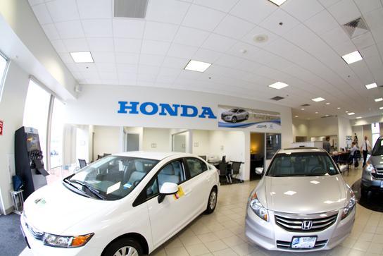 Herb chambers honda of seekonk seekonk ma 02771 car for Honda dealers ma