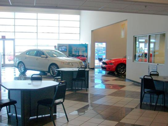 gem city ford quincy il   car dealership  auto financing autotrader
