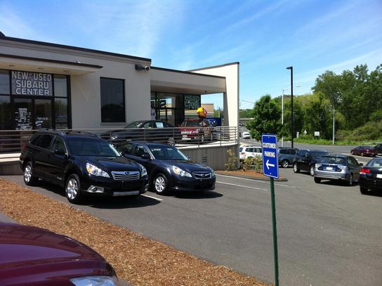 garavel subaru car dealership in norwalk ct 06851 kelley blue book. Black Bedroom Furniture Sets. Home Design Ideas