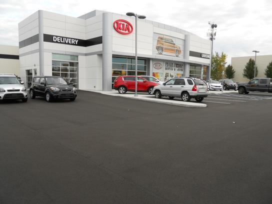 kia of lansing car dealership in lansing mi 48911 5959 kelley blue book. Black Bedroom Furniture Sets. Home Design Ideas