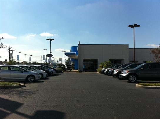 Honda dealer baton rouge new and used cars richards honda for Team honda baton rouge la