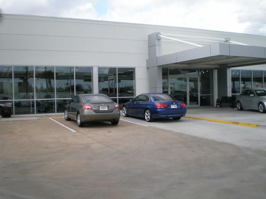 Momentum Bmw Mini Southwest Houston Tx 77074 Car Dealership And Auto Financing Autotrader