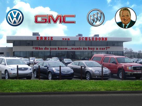 Ernie Von Schledorn >> Ernie Von Schledorn, Inc : Menomonee Falls, WI 53051-2310 Car Dealership, and Auto Financing ...