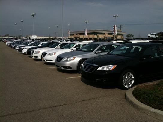 Visalia Car Dealers >> Lampe Chrysler Dodge Jeep Ram : Visalia, CA 93291 Car Dealership, and Auto Financing - Autotrader