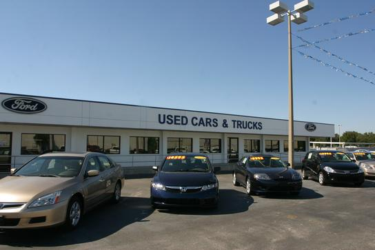 Ford dealers find local ford dealerships with auto trader for Plant city department of motor vehicles