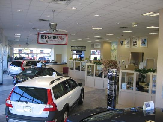 gengras volvo of meriden meriden ct 06450 car dealership and auto financing autotrader. Black Bedroom Furniture Sets. Home Design Ideas