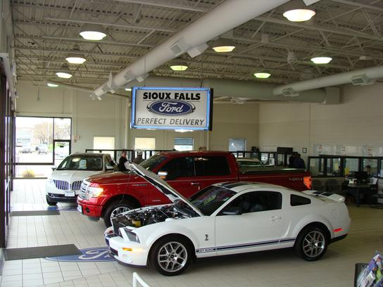 sioux falls ford lincoln sioux falls sd 57109 car dealership and auto financing autotrader. Black Bedroom Furniture Sets. Home Design Ideas