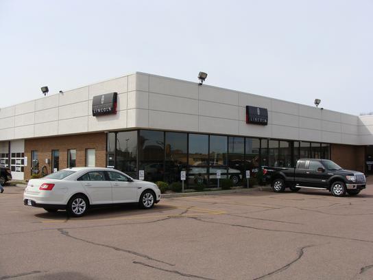 Car Dealerships In Sioux Falls Sd >> Sioux Falls Ford Lincoln car dealership in Sioux Falls, SD 57109 - Kelley Blue Book