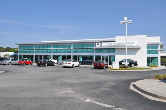 Rick Hendrick BMW/MINI car dealership in Charleston, SC 29407 - Kelley Blue Book