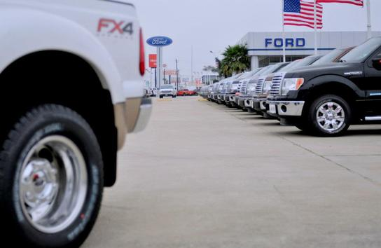 Lone Star Ford Houston Tx 77037 Car Dealership And