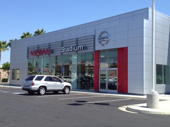Stadium Nissan Car Dealership In Orange Ca 92867 Kelley Blue Book