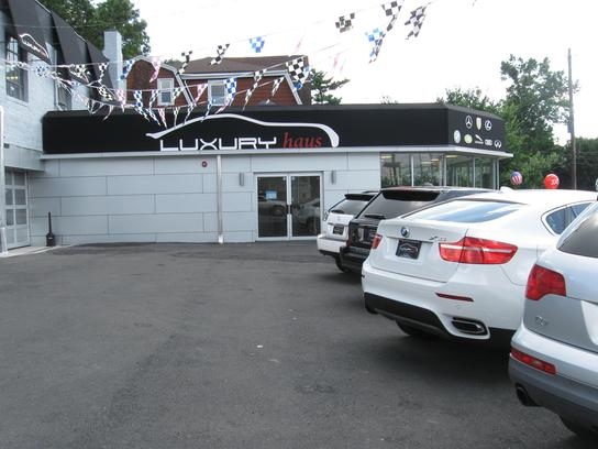 luxury haus leonia nj 07605 car dealership and auto financing autotrader. Black Bedroom Furniture Sets. Home Design Ideas