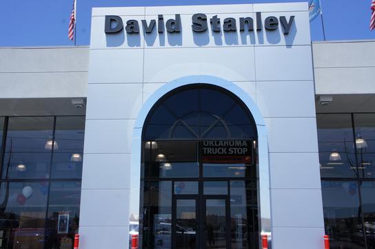 david stanley chrysler jeep dodge ram car dealership in midwest city ok 73110 kelley blue book. Black Bedroom Furniture Sets. Home Design Ideas