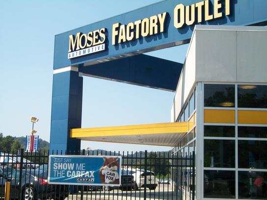 Moses Factory Outlet 1