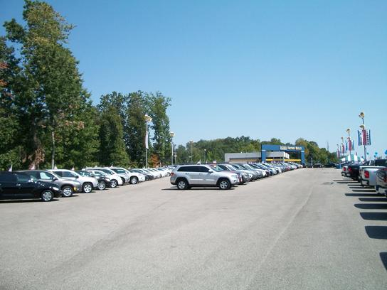 Used Cars Charleston Wv >> Moses Factory Outlet : South Charleston, WV 25309 Car