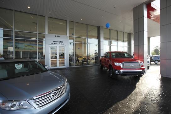 phillips toyota leesburg fl 34788 car dealership and auto financing autotrader. Black Bedroom Furniture Sets. Home Design Ideas