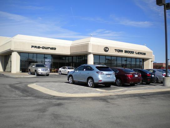 Tom Wood Lexus Indianapolis In 46240 Car Dealership