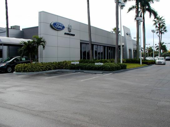 al packer west palm beach fl 33409 4710 car dealership and auto financing autotrader. Black Bedroom Furniture Sets. Home Design Ideas