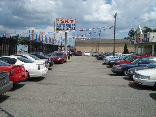 sky auto sales car dealership in detroit mi 48228 kelley blue book. Black Bedroom Furniture Sets. Home Design Ideas