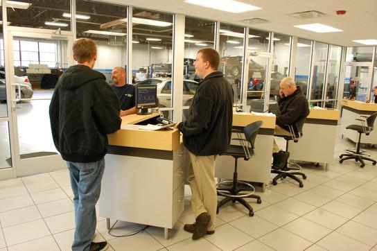 Ray Chevrolet Fox Lake >> Ray Chevrolet Fox Lake Il 60020 Car Dealership And Auto