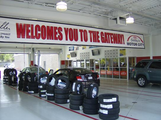Colorado Springs Toyota >> Larry H Miller Toyota Of Colorado Springs Colorado Springs Co