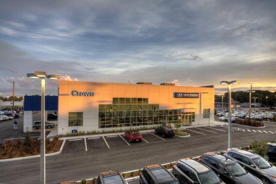 crown hyundai car dealership in st petersburg fl 33714 kelley blue book. Black Bedroom Furniture Sets. Home Design Ideas
