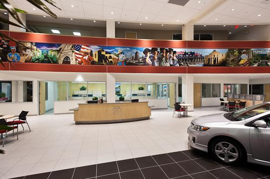 Cavender Toyota Car Dealership In San Antonio Tx 78238