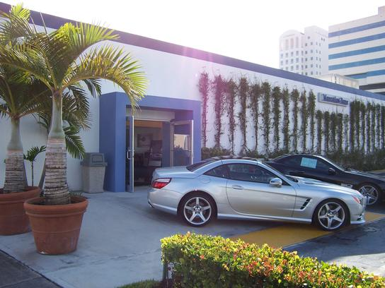 Mercedes-Benz of Coral Gables  A Bill Ussery Motors Company 3