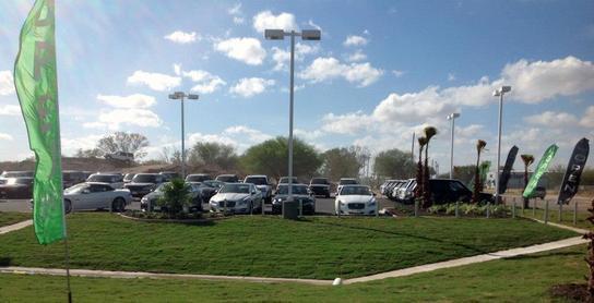 Land Rover San Juan : San Juan, TX 78589 Car Dealership
