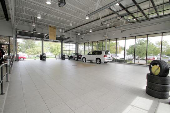lexus of ann arbor ann arbor mi 48103 car dealership and auto financing autotrader. Black Bedroom Furniture Sets. Home Design Ideas