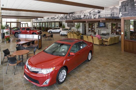 lost pines toyota bastrop tx 78602 car dealership and auto financing autotrader. Black Bedroom Furniture Sets. Home Design Ideas
