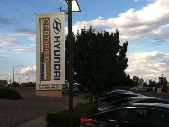 Larry H. Miller Hyundai Albuquerque car dealership in ...