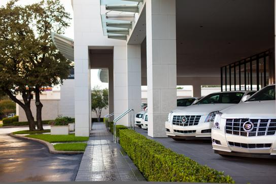 Sewell Dallas Used Cars >> Sewell Cadillac of Dallas : Dallas, TX 75209 Car Dealership, and Auto Financing - Autotrader