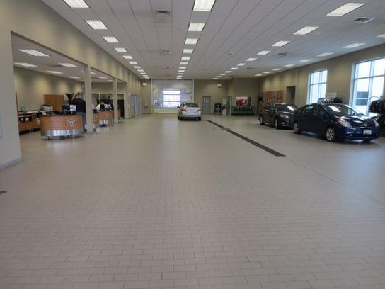 East Madison Toyota Car Dealership In Madison Wi 53718