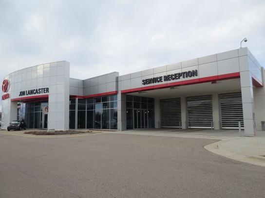 Used Car Dealerships Madison Wi >> East Madison Toyota : Madison, WI 53718 Car Dealership