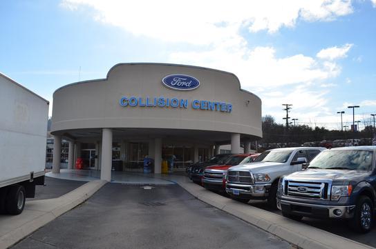 Used Car Dealerships Knoxville Tn >> Lance Cunningham Ford : Knoxville, TN 37912-5647 Car Dealership, and Auto Financing - Autotrader