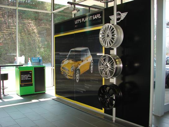 flow mini of winston salem winston salem nc 27127 car dealership and auto financing autotrader. Black Bedroom Furniture Sets. Home Design Ideas