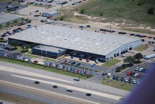 Ford dealership waco tx for Giles motors waco tx